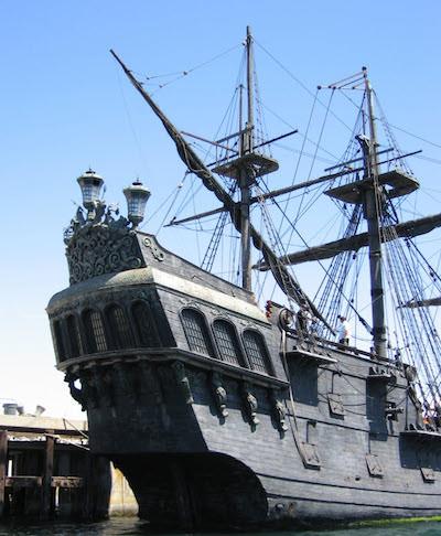 Piratskeppet Den Svarta Pärlan